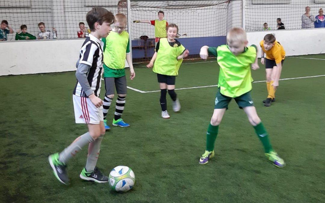 F- und E-Junioren fahren zum Fussballcenter Ahlhorn